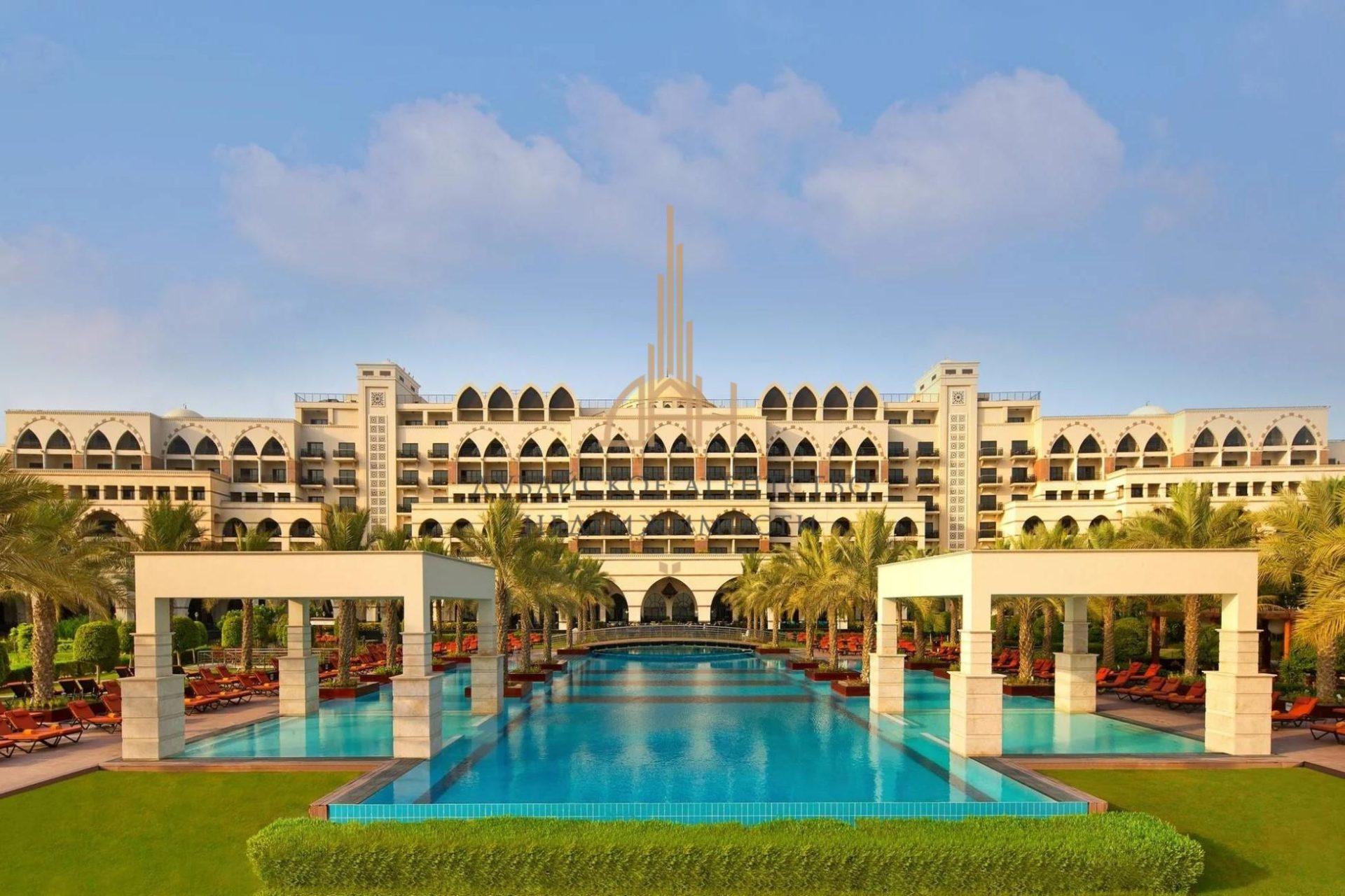 Вилла меблированная в великолепной лагуне на Palm Jumeirah